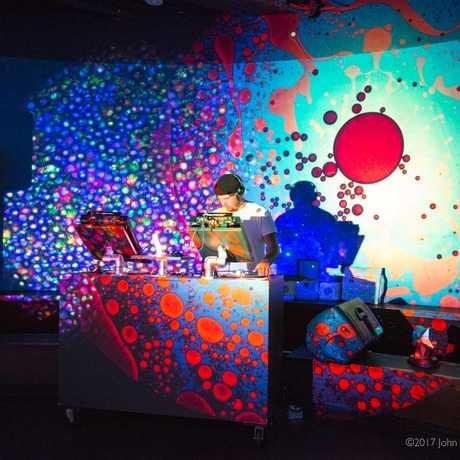 DJ Liquid Lights