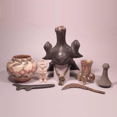 Collection survivors fromthe 1906 earthquake.