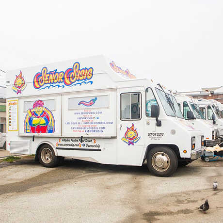 Senor Sisig food truck