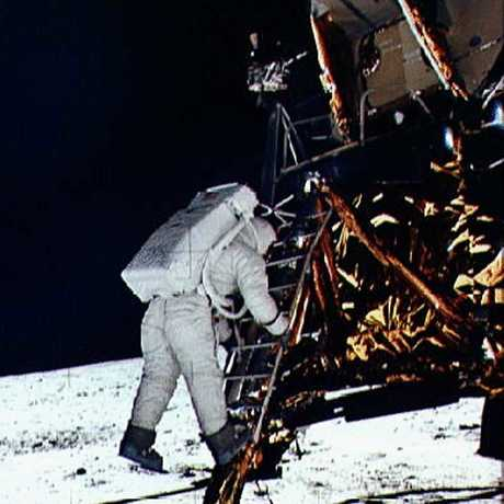 Lunar Lander image: NASA
